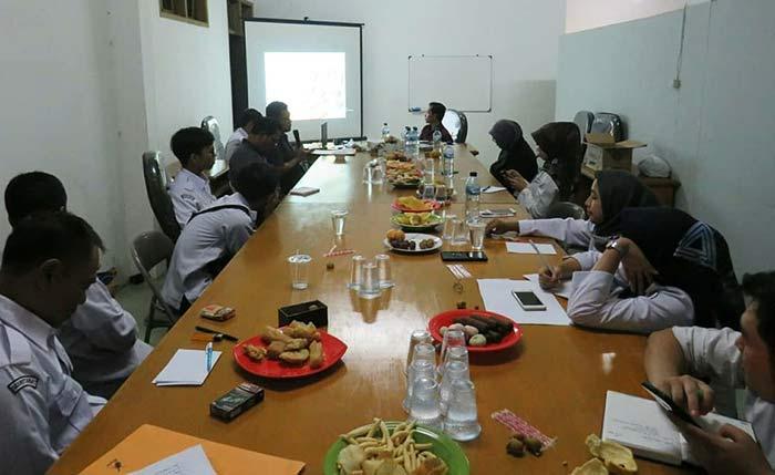 Diskusi Bawaslu KBB Bersama Yadi Mardiansyah, M.Ag