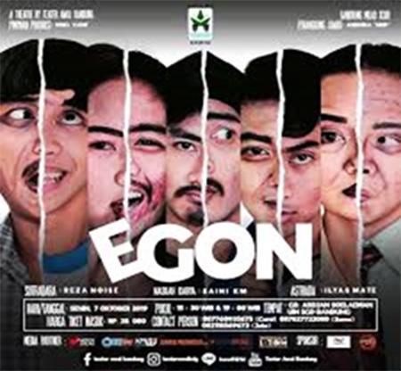 Pementasan Egon pada Milad Teater Awal UIN Bandung